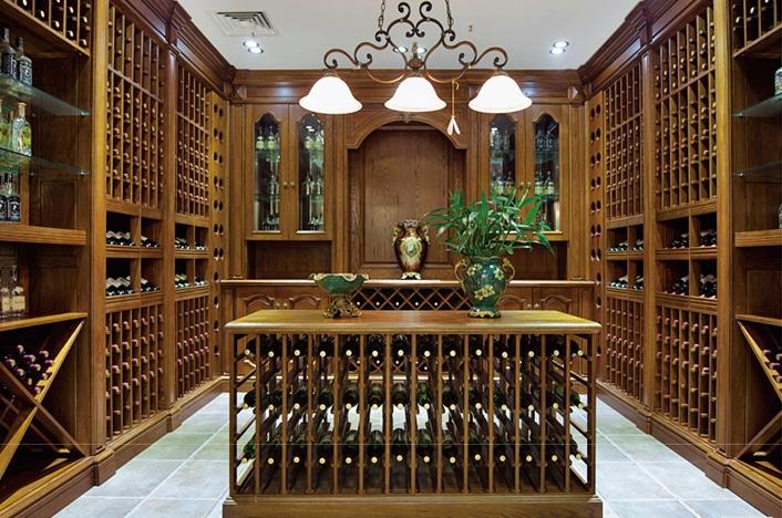 高端实木酒窖